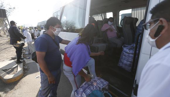 Más de 19,000 peruanos varados en Lima han regresado a sus regiones de origen desde la implementación de los traslados humanitarios en abril. (Foto: Francisco Neyra / GEC)