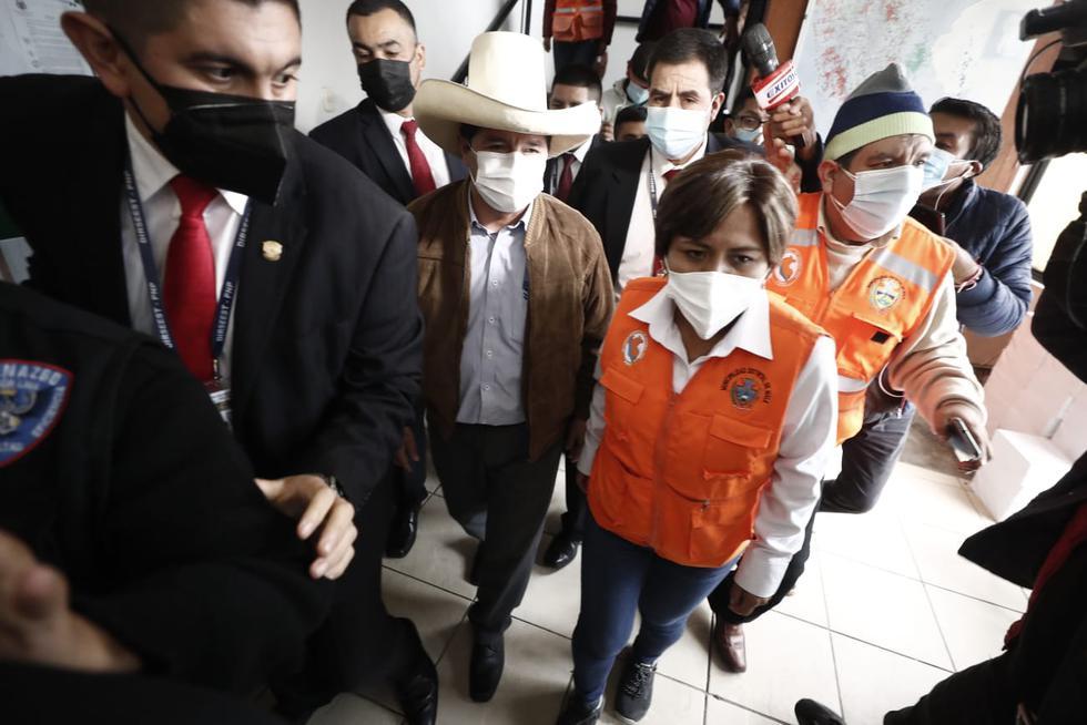 Pedro Castillo se reunió con la alcaldesa de Mala, Sonia Ramos, en el local muicipal. (Foto: Violeta Ayasta / @photo.gec)
