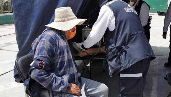 Asisten a habitantes de Pozo Negro (Arequipa) por infecciones respiratorias y estomacales tras intensas lluvias. (Foto: Geresa)