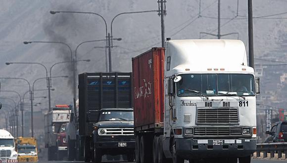 Sutran lanzó advertencia a transportistas de carga y mercancías. (Foto: Dante Piaggio/GEC)