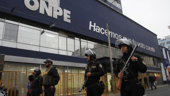 El órgano electoral reiteró que su titular, Adolfo Castillo, ya respondió por este hecho ante el Consejo Nacional de la Magistratura (CNM). (Foto archivo El Comercio)