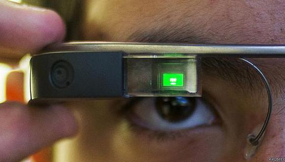 Google Glass podría obstruir la visión periférica