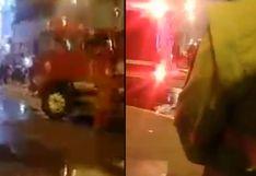 Bomberos atienden incendio en galería de Gamarra