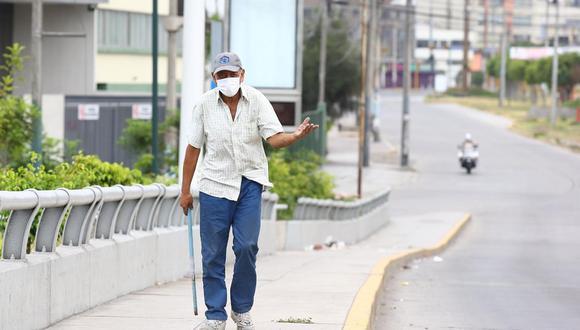 Martín Vizcarra anunció que ahora será una recomendación las salidas a adultos mayores. (Foto: GEC)