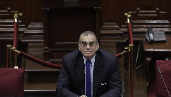 Pedro Olaechea volvió a justificar el pago para los integrantes del Congreso disuelto. (Foto: GEC)