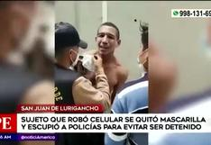 SJL: sujeto se quita la mascarilla y escupe a policías al momento de ser detenido | VIDEO