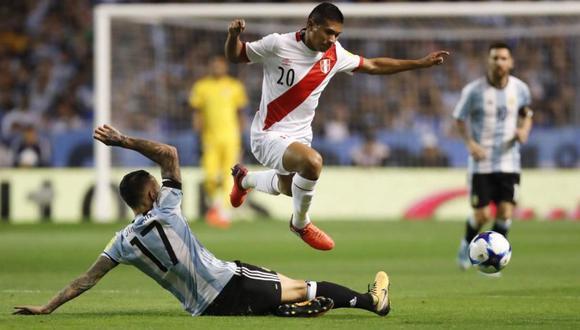 Edison Flores demostró que es inamovible en el once titular. (Foto: AFP).