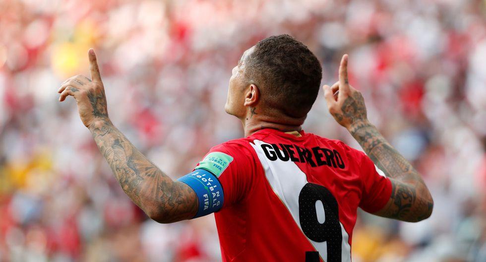 Paolo Guerrero anotó su primer gol en un Mundial esta mañana. (Foto: Reuters)