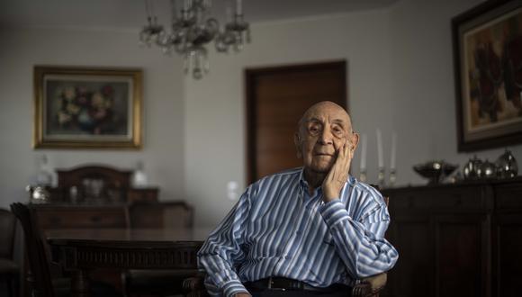 Uriel García Cáceres (98) fue ministro de Salud entre 1980 y 1982. El médico cusqueño fue cofundador de Acción Popular, junto con su amigo, el ex presidente Fernando Belaunde Terry. Renunció al cargo tras denunciar intereses por parte de integrantes de su propio partido y integrantes del Parlamento. (Foto: Elías Alfageme)