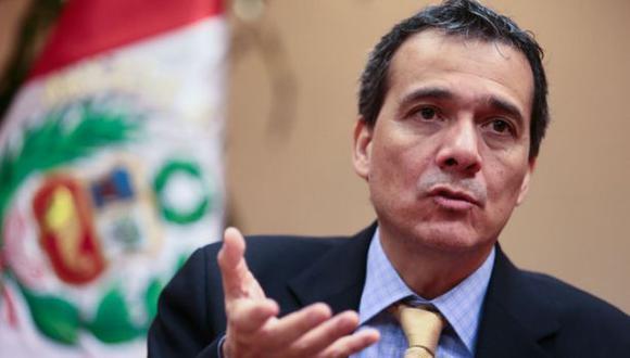 Segura: Emisión de deuda permitirá financiar déficit del 2016