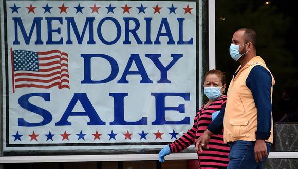 La residencia permanente es el estatus que se les concede en Estados Unidos a los inmigrantes para vivir y trabajar permanentemente.(Foto: AFP/Olivier DOULIERY)