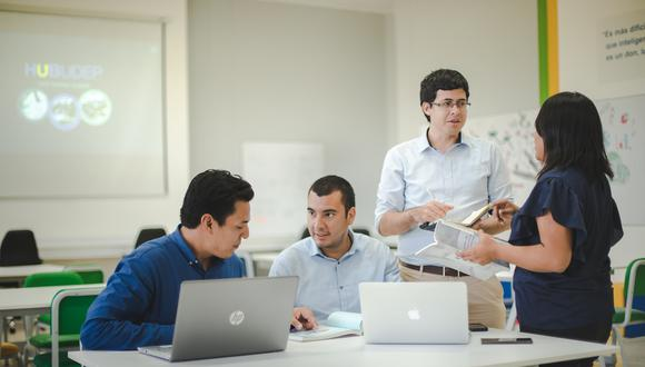 Espacios de coworking para emprendedores auspiciados por Telefónica.