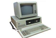 La PC cumple 39 años: cómo lucía la computadora que marcó a más de una generación   FOTOS