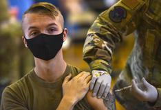 Desconfiados, miles de militares de Estados Unidos se niegan a vacunarse contra el coronavirus
