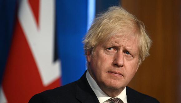 Coronavirus: Boris Johnson confirmará que a partir del 19 de julio dejará de recomendarse el teletrabajo, se permitirá la reapertura del ocio nocturno y los teatros y estadios podrán recibir aforo completo en Inglaterra. (DANIEL LEAL-OLIVAS / POOL / AFP).