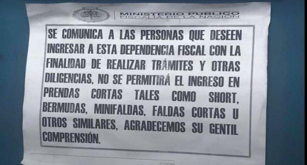 Cartel colocado en el ingreso del local del Ministerio Público en el distrito de Miraflores. (Foto: Luz Cynthia Silva Ticllacuri)
