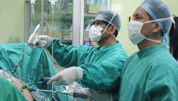 Más de mil asegurados esperan trasplantes de órganos en el país