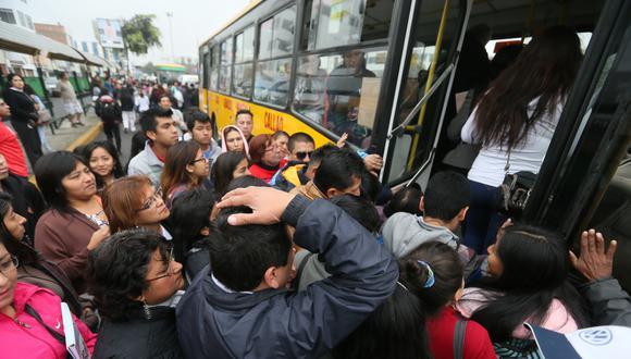 Congestión vehicular, paraderos repletos, accidentes de tránsito y otros problemas en el transporte de Lima y Callao serán los retos a solucionar de la ATU. (Miguel Bellido / Archivo El Comercio)