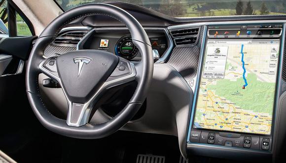 Los videojuegos se proyectarán en la pantalla central de los autos de la marca Tesla. (Fotos: Difusión)