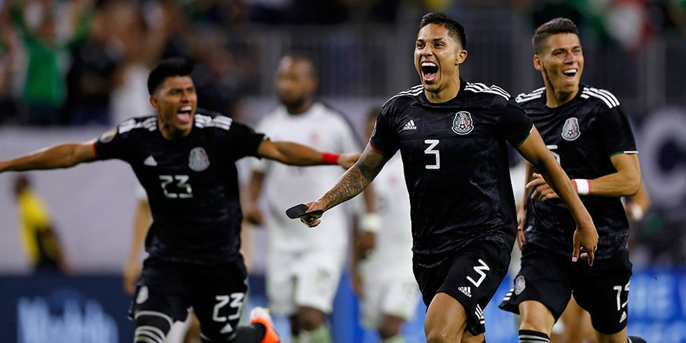México clasificó agónicamente a la semifinal de la Copa Oro tras vencer 5-4 a Costa Rica por penales.