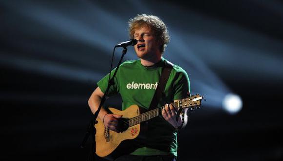 Ed Sheeran sorprendió a fan que cantaba un cover suyo (VIDEO)