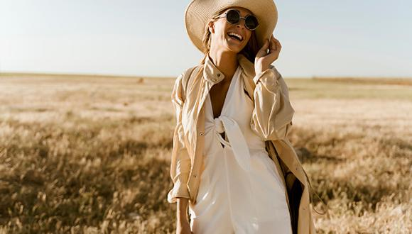 """""""Vestirse por completo de beige ya no es ni clásico ni aburrido, sino una estrategia para conseguir un estilismo redondo"""", nos aclara la página web Vogue España. (Foto: Getty Images)"""