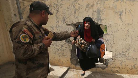 Unas 250.000 personas están retenidas en el casco viejo y en el puñado de barrios de alrededor controlados por el Estado Islámico en Mosul, Iraq. (Foto:AFP)
