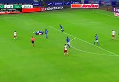 Árbitro evitó gol del Cruz Azul ante Toluca al cruzarse frente al arco [VIDEO]