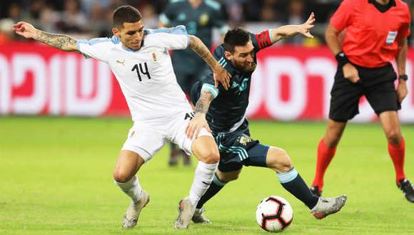 El Argentina vs. Uruguay es considerado un clásico del fútbol mundial. (Foto: EFE)