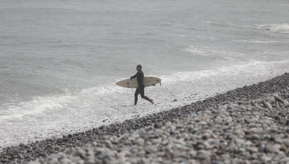En la Costa Verde se practica regularmente el surf en la playa Makaha. (Leandro Britto/GEC)