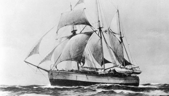 """El Fram, el barco del aventurero noruego Fridtjof Nansen que quedó atrapado en """"agua muerta"""" en las aguas del Ártico en 1893. (Imagen: Getty Images)"""