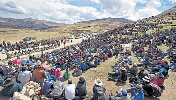 En la reciente mesa de diálogo, el vicepresidente Martín Vizcarra pidió 45 días para evaluar demandas de la población sobre Las Bambas. (Foto: MTC)