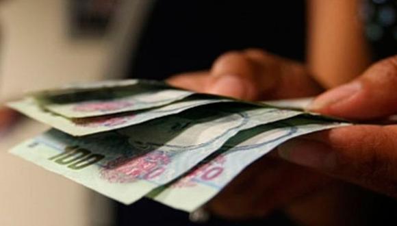 Los trabajadores pueden recibir hasta un triple pago si labora en feriado. (Foto: Andina)