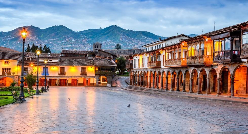La Plaza de Armas del Cusco es el mayor punto de encuentro de la ciudad imperial. Allí, fue ejecutado Túpac Amaru II en 1781. (Foto: Shutterstock)