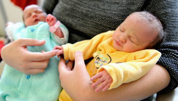 La modificación no menciona la licencia de paternidad. (Foto: AFP)