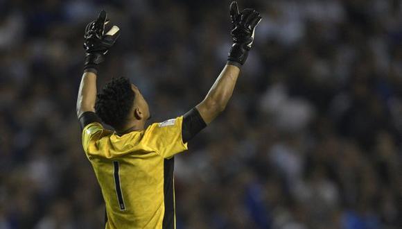 Pedro Gallese fue la figura de Perú en Argentina. (Foto: AFP)