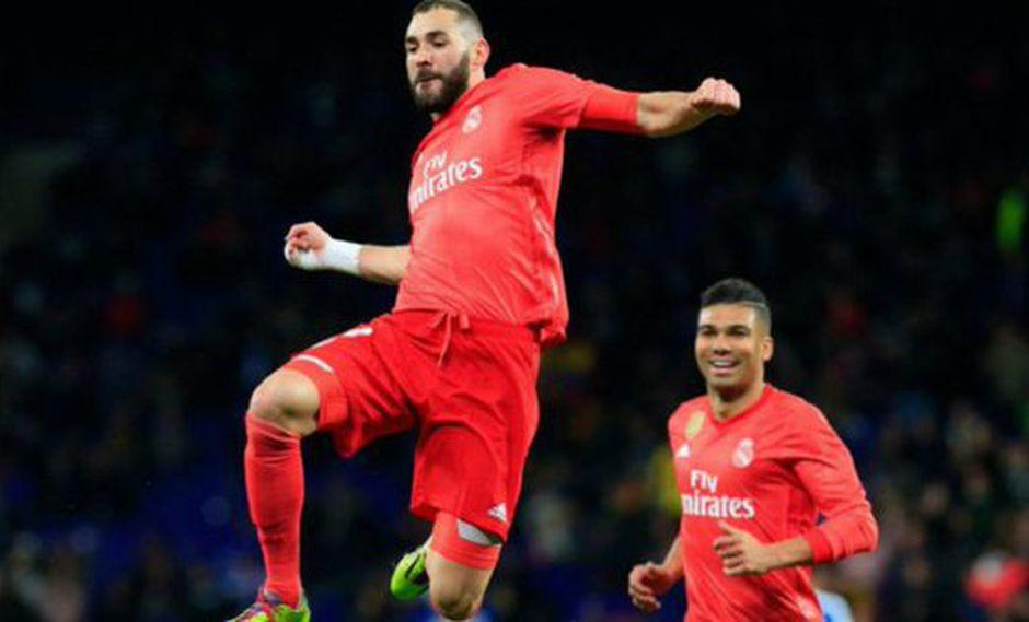 El delantero brasileño Vinicius Jr. y el atacante francés Karim Benzema se unieron para anotar el 3-1 a favor del Real Madrid vs. Espanyol por la fecha 21° de la Liga española. (Foto: EFE)