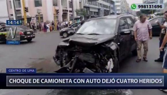 Choque de camioneta dejó cuatro heridos (Captura: Canal N)