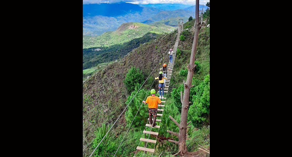 La travesía continúa en el llamado 'puente tibetano'.  Te tomará alrededor de 15 minutos.(Foto: Facebook / San Ignacio Extremo)