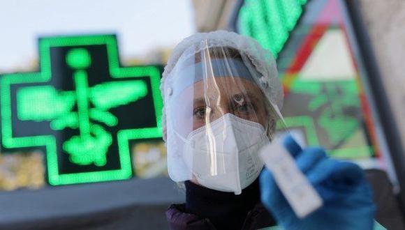 En países como Francia los tests de coronavirus están disponibles en las farmacias. (Reuters).