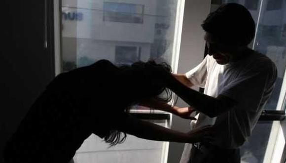 Los resultados indican que la mayor parte de los feminicidios se dieron durante fases de conflicto, alejamiento y separación. El 59% de feminicidas dijo que estaba en fase de ruptura con sus respectivas parejas (Imagen: referencial)