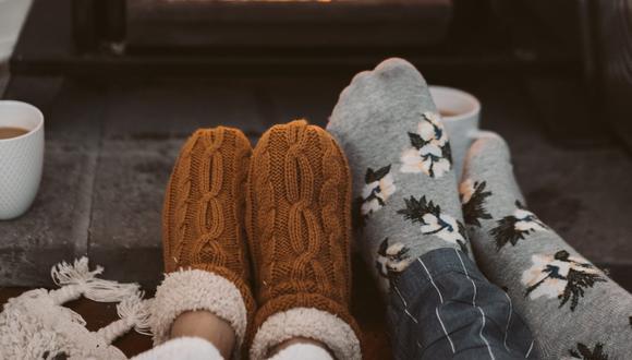 Tener los pies fríos está relacionado con la mala circulación, pero hay maneras de tenerlos calientes en pocos minutos. (Foto: Taryn Elliott / Pexels)