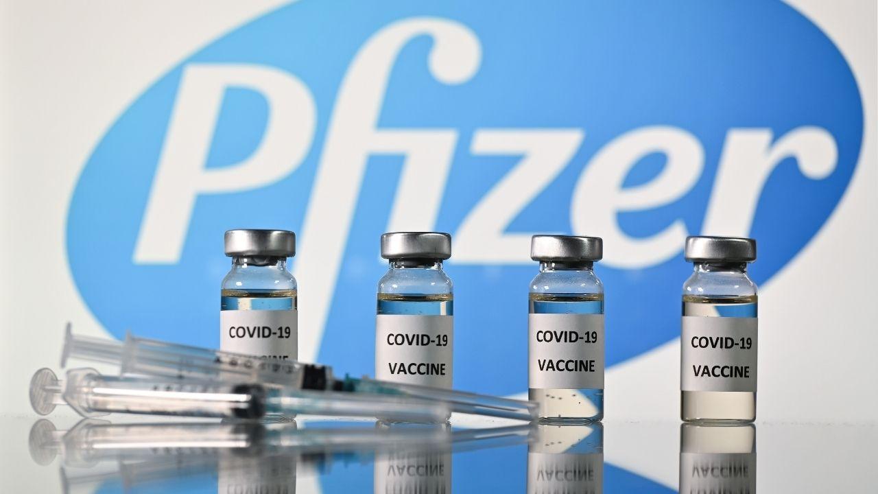 El viernes 13, el jefe del Comando Vacuna, Carlos Neuhaus, anunció que en diciembre llegarán las primeras 50 mil dosis de la candidata a vacuna de Pfizer. Según el ejecutivo, serán destinadas para vacunar al personal más expuesto al coronavirus (Foto: referencial)
