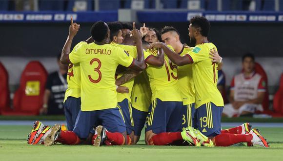 Revisa qué canal de TV transmitirá el Colombia vs Chile de este jueves por las Eliminatorias. (Foto: Agencias)