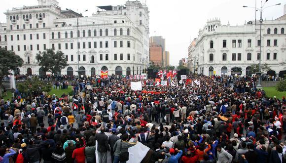 huelga de maestros (Foto: Rolly Reyna/El Comercio)