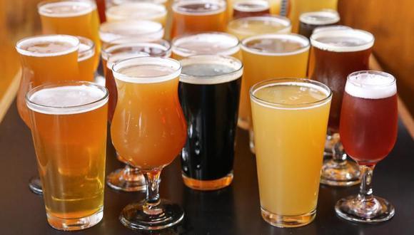 La cerveza es una de las bebidas alcohólicas más consumidas en el mundo y desde el 2007 tiene su propio día festivo. (Foto: Daily Meal)