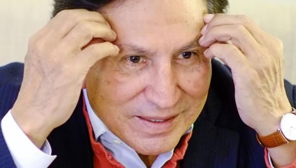 El prófugo ex presidente Alejandro Toledo es investigado por el presunto delito de lavado de activos. Tiene dos órdenes de prisión preventiva: una por Ecoteva y otra por Odebrecht. (Foto: EFE)