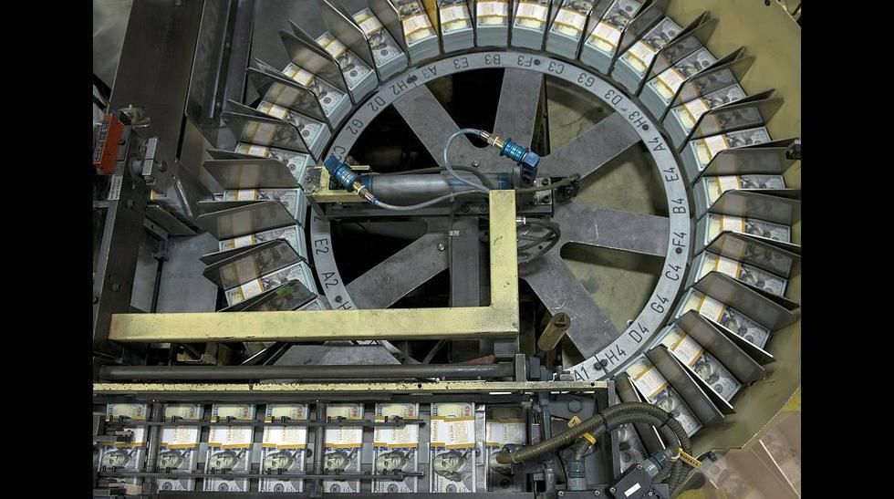 """La """"fábrica"""" de dólares que produce más de 500 millones al día - 2"""
