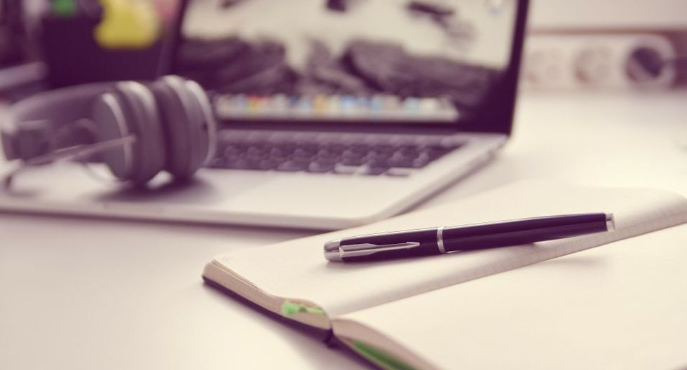Anotar tus gastos del mes junto a las actividades que tendrás este mes, es un gran paso para organizarte mejor. (Foto: Pixabay)