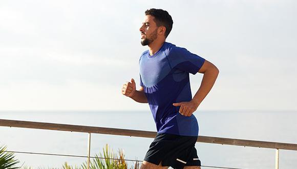 Correr es una forma efectiva de quemar calorías en un período de tiempo relativamente corto.